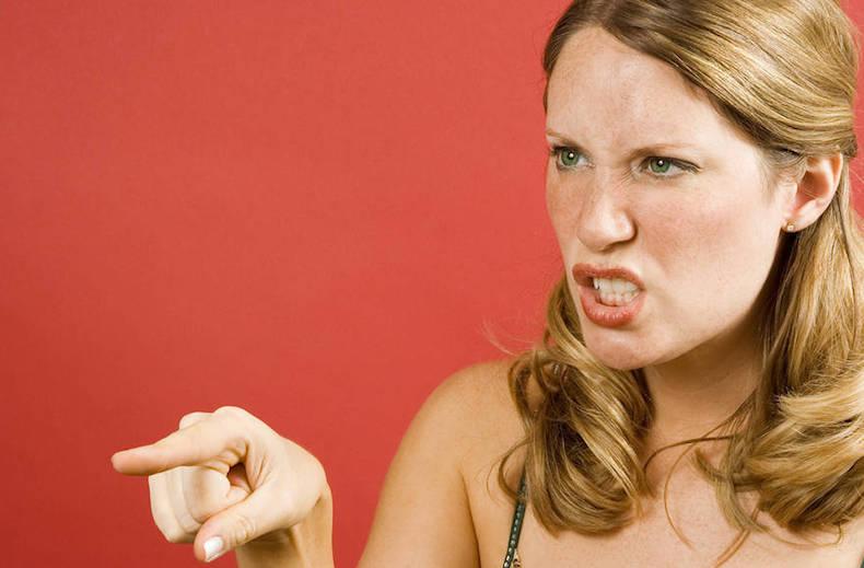 Раздражительность и вспышки агрессии