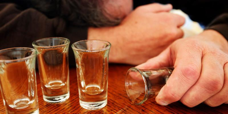 Употребление ацетона внутрь при алкогольном опьянении
