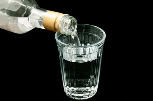 Любой алкоголь содержит этанол