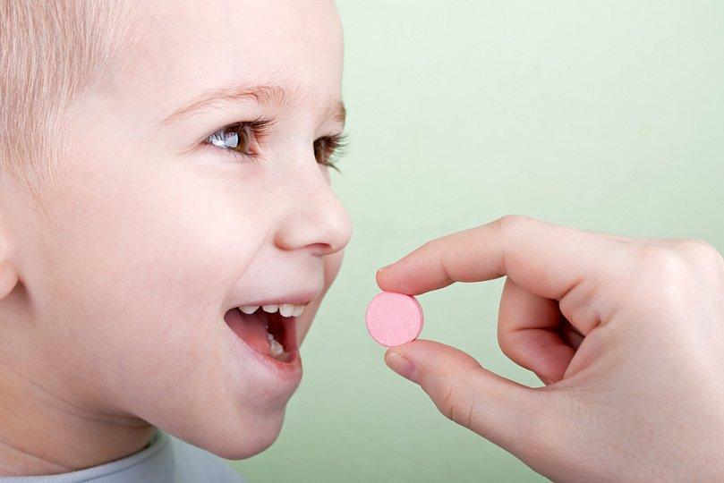 Прием витамина C ребенком