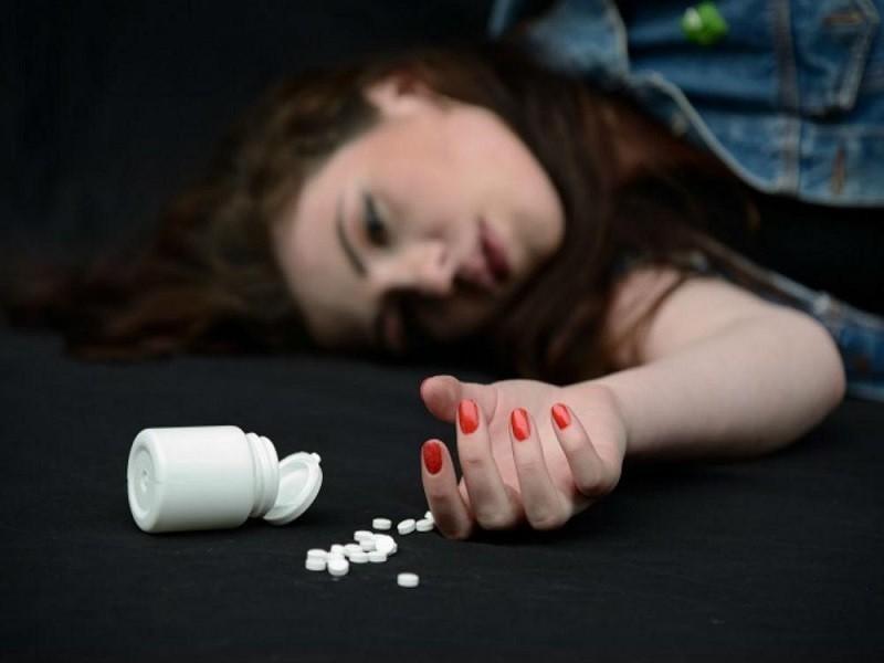 Умышленная передозировка с целью суицида